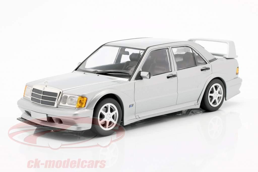 Mercedes-Benz 190E 2,5-16 Evo II 1990 sølv metallisk 1:18 Minichamps