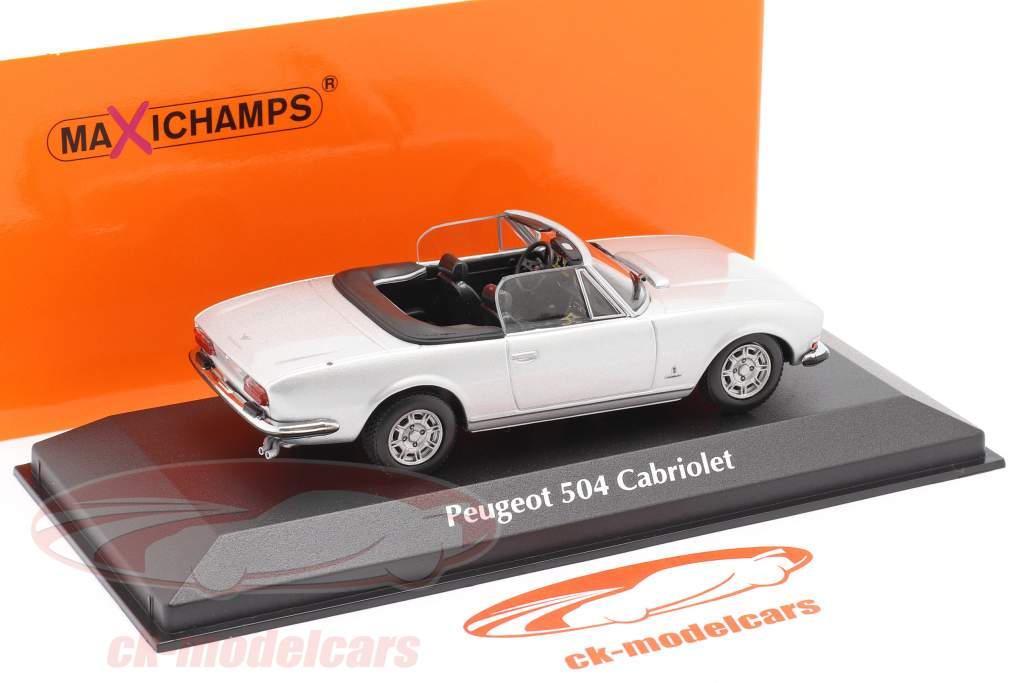 Peugeot 504 Cabriolet Byggeår 1977 sølv metallisk 1:43 Minichamps
