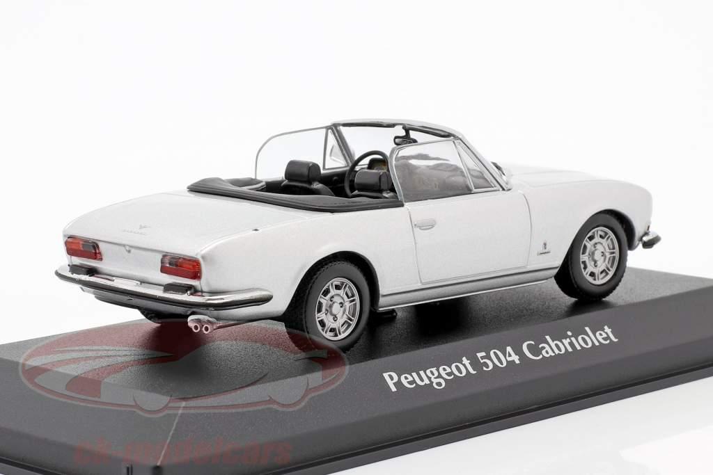Peugeot 504 Cabriolet Ano de construção 1977 prata metálico 1:43 Minichamps