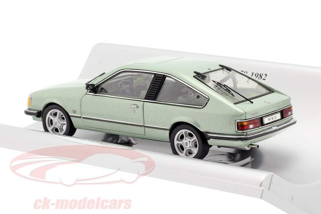 Opel Monza A Ano de construção 1978-1982 verde metálico 1:43 Schuco