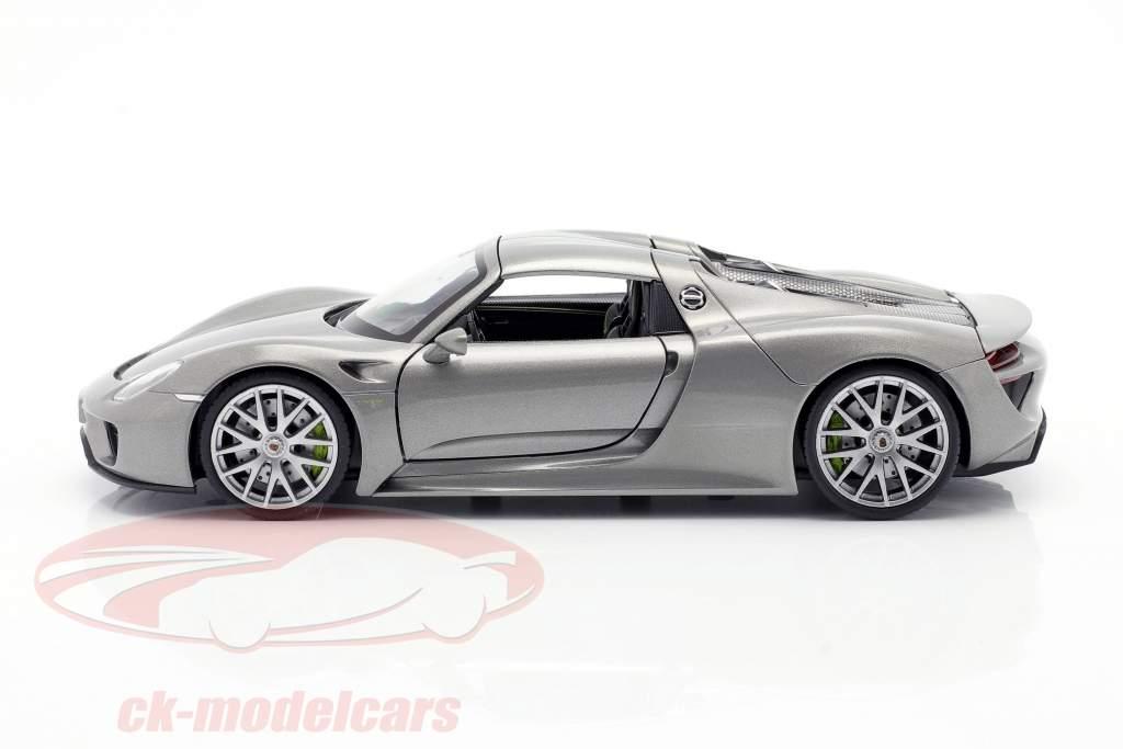 Porsche 918 Spyder Bouwjaar 2015 grijs metalen 1:24 Welly
