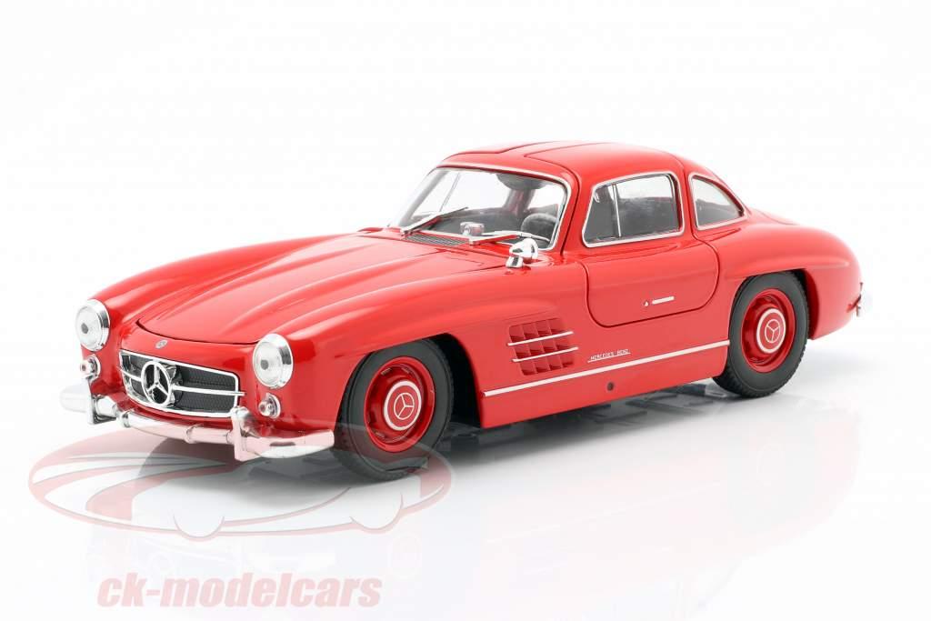 Mercedes-Benz 300 SL rojo 1:24 Welly
