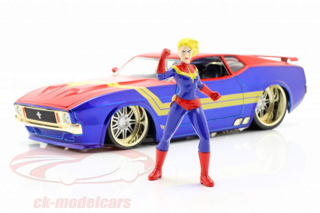 Ford Mustang Mach 1 1973 Con Avengers figura Captain Marvel 1:24 Jada Toys