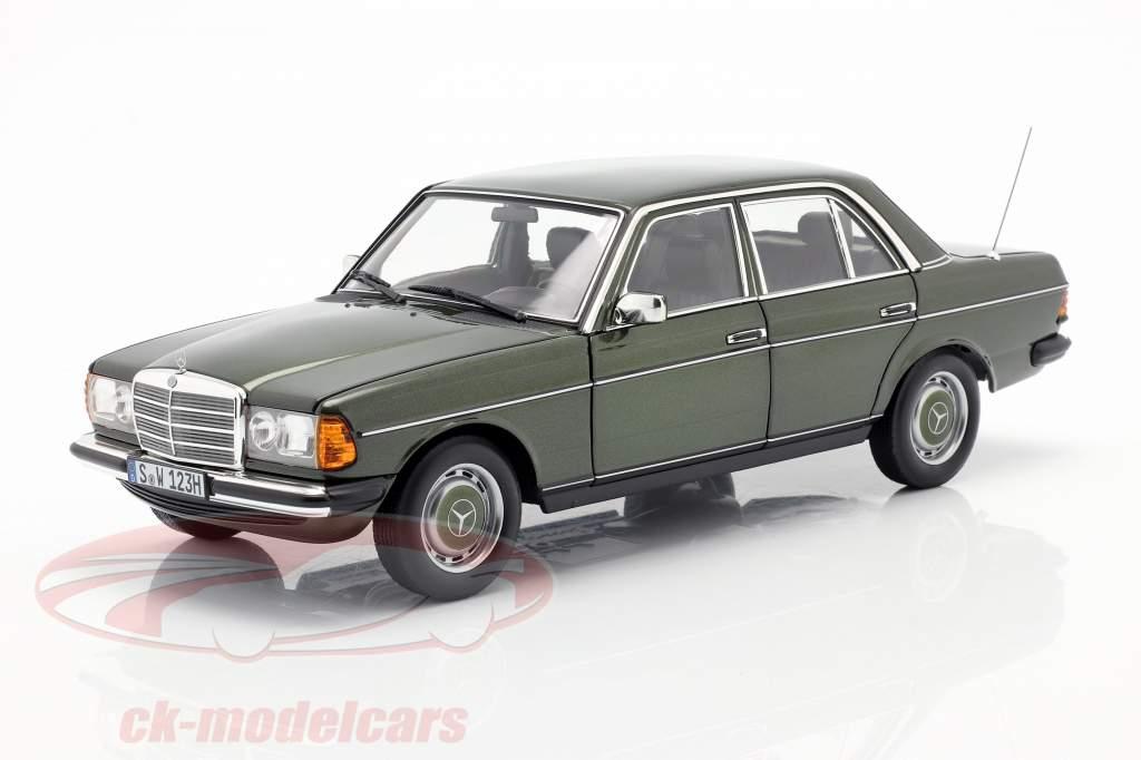 Mercedes-Benz 200 (W123) year 1980 - 1985 cypress green metallic 1:18 Norev