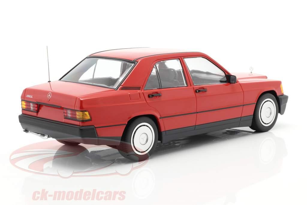Mercedes-Benz 190E (W201) Byggeår 1982 rød 1:18 Minichamps