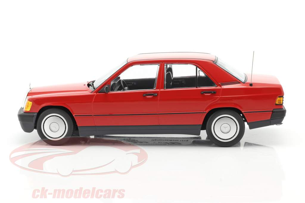 Mercedes-Benz 190E (W201) Ano de construção 1982 vermelho 1:18 Minichamps