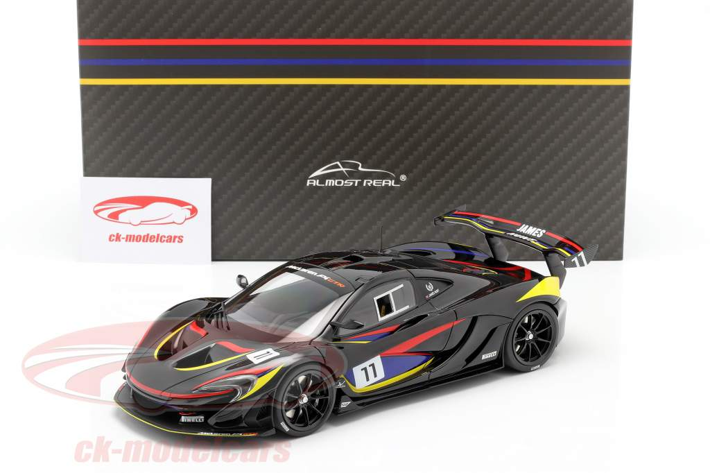 McLaren P1 GTR #11 James Hunt 40e Verjaardag 1976 zwart 1:18 Almost Real