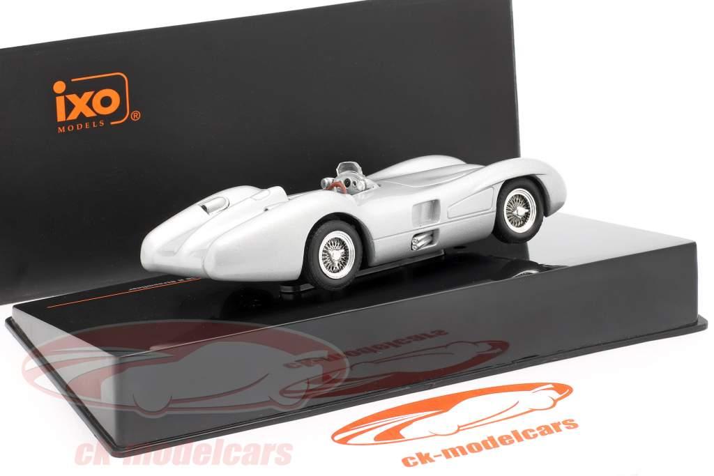 Mercedes-Benz W196 R streamliner Byggeår 1954 sølv 1:43 Ixo