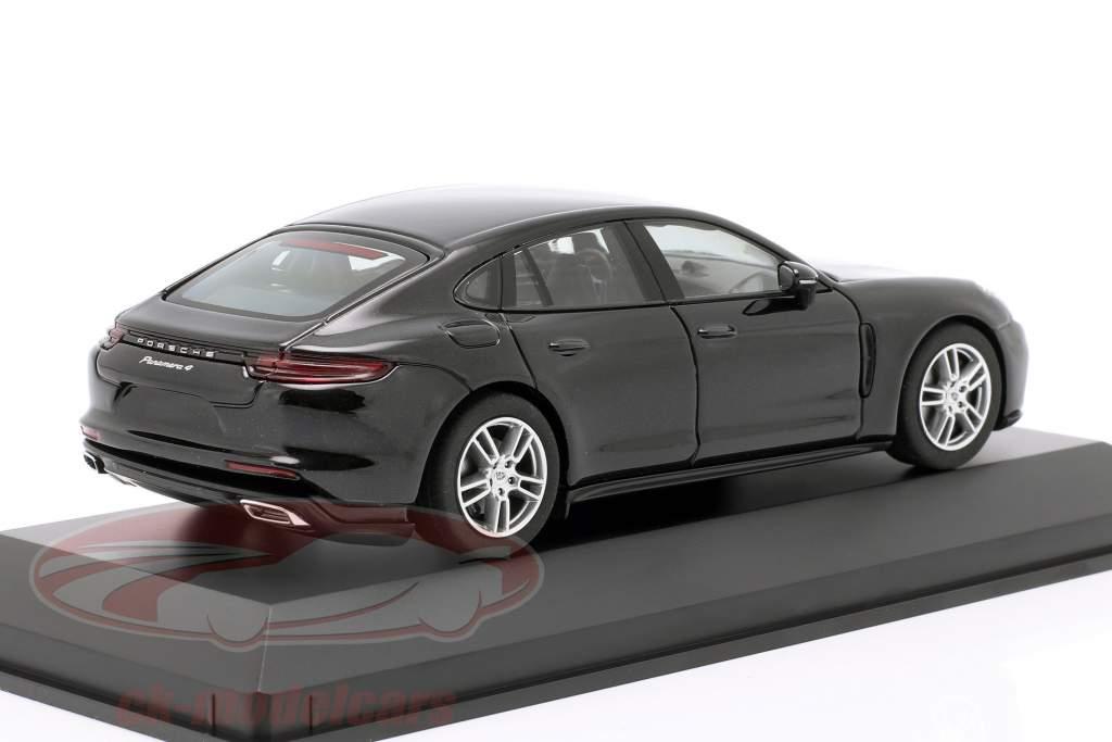 Porsche Panamera 4 (2. Gen.) year 2017 black metallic 1:43 Herpa
