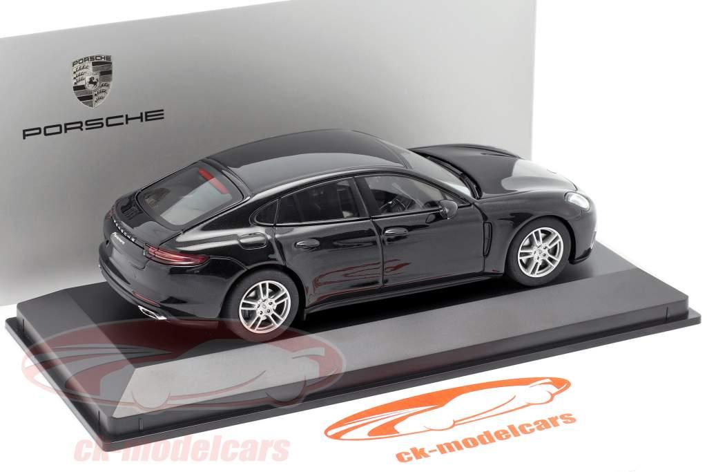 Porsche Panamera (2. Gen.) Anno 2017 nero metallico 1:43 Herpa