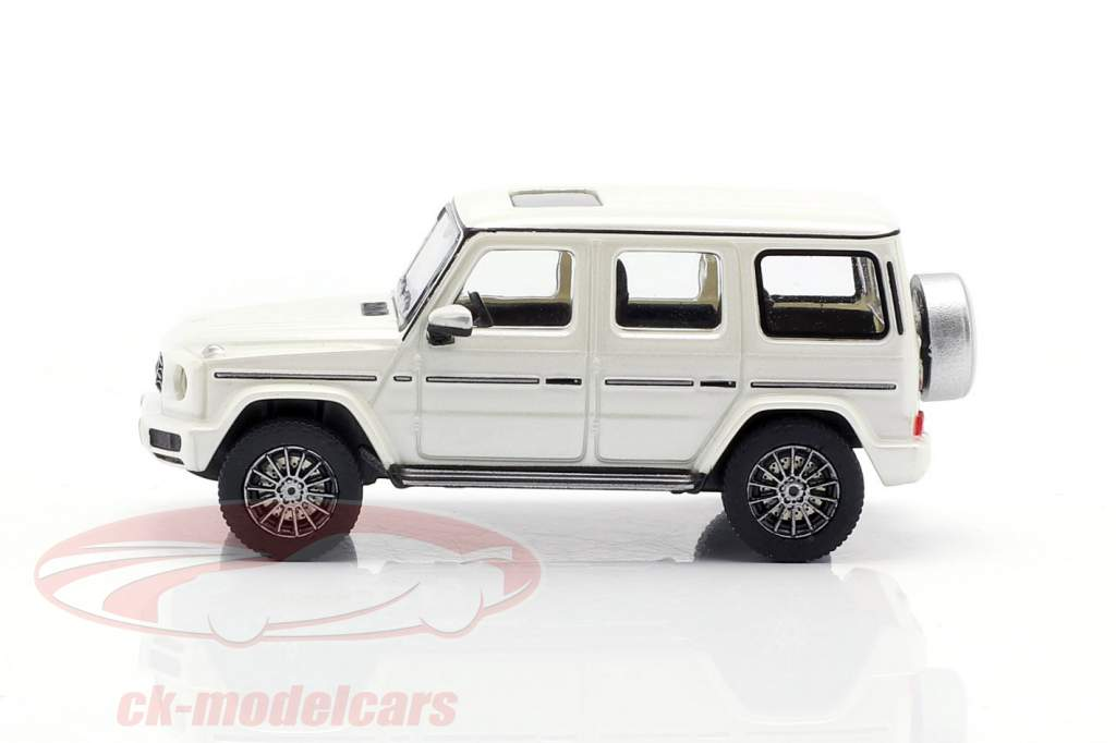 Mercedes-Benz G class (W463) year 2018 white metallic 1:87 Minichamps