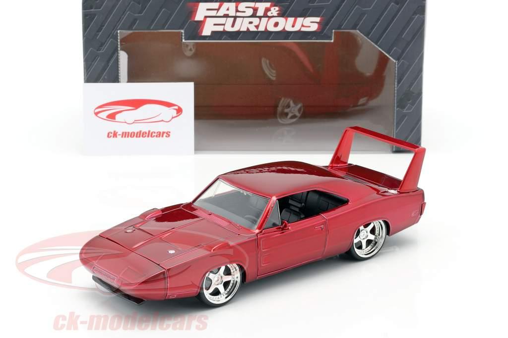 Dodge Charger Daytona Jaar 1969 Fast and Furious 6 2013 rood 1:24 Jada Toys