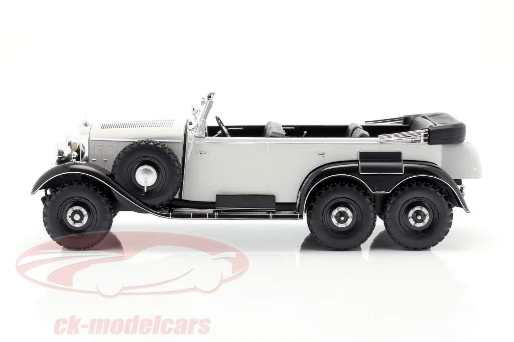 Mercedes-Benz G4 (W31) Año de construcción 1934-1939 gris claro 1:18 Model Car Group