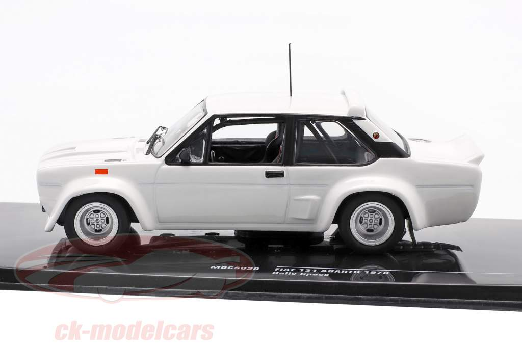 Fiat 131 Abarth 1978 Rally Specs Plain Body Version Wit 1:43 Ixo