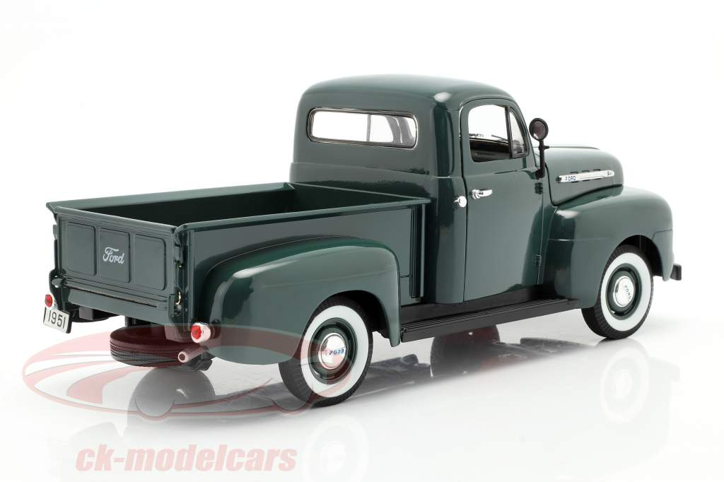 Ford F-1 Pick Up Anno 1951 verde 1:18 Welly
