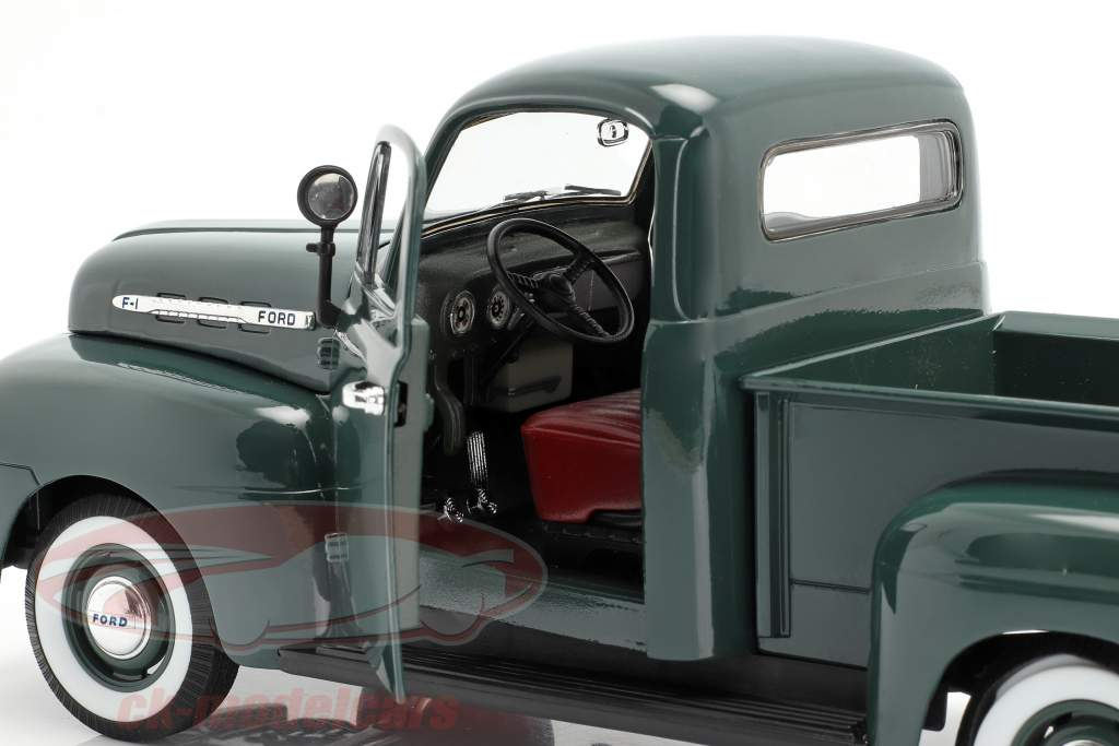 Ford F-1 Pick Up Year 1951 green 1:18 Welly