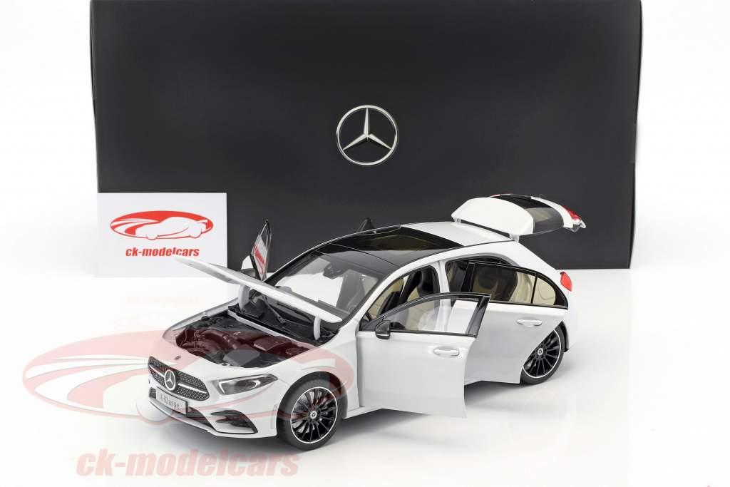 Mercedes-Benz A-Klasse (W177) Bouwjaar 2018 digitaal wit metalen 1:18 Norev