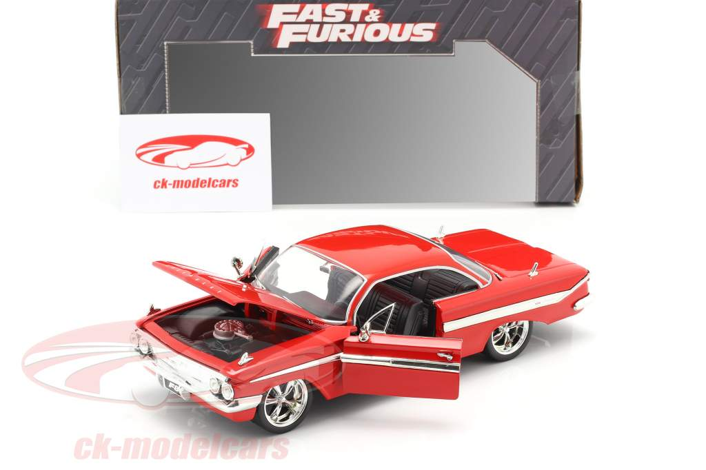 Dom's Chevrolet Impala Fast and Furious 8 2017 red 1:24 Jada Toys