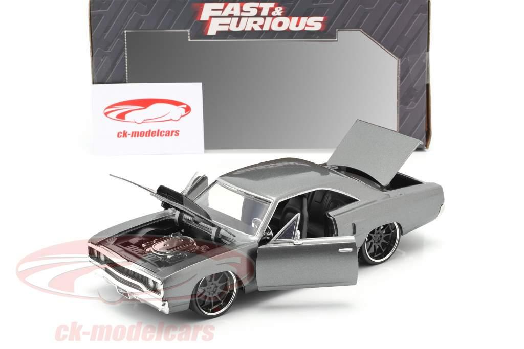Dom's Plymouth Road Runner film Fast & Furious: Tokyo Drift (2006) 1:24 Jada Toys