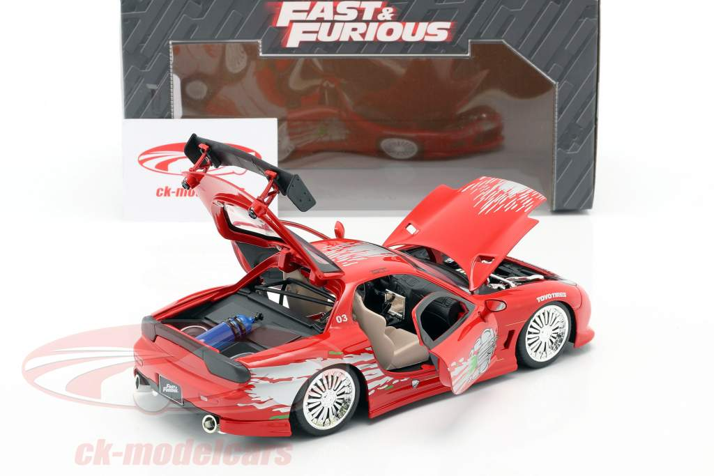 Dom's Mazda RX-7 Fast and Furious rood 1:24 Jada Toys