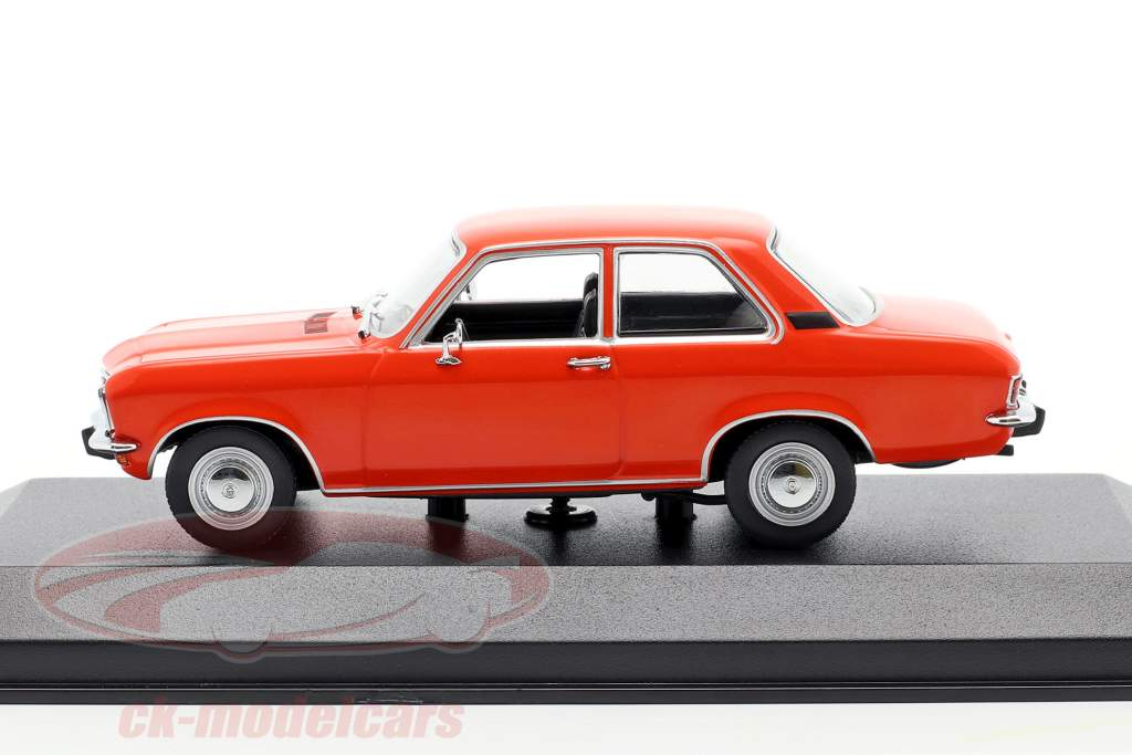 Opel Ascona A Año de construcción 1970 rojo 1:43 Minichamps