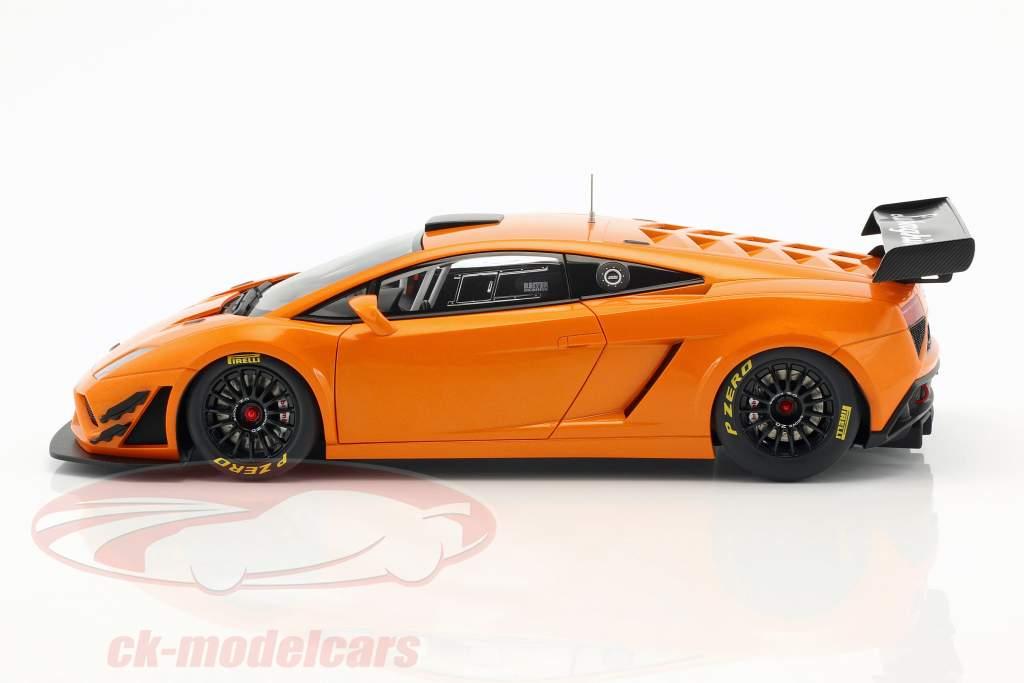 Lamborghini Gallardo GT3 FL2 Año de construcción 2013 naranja metálico 1:18 AUTOart