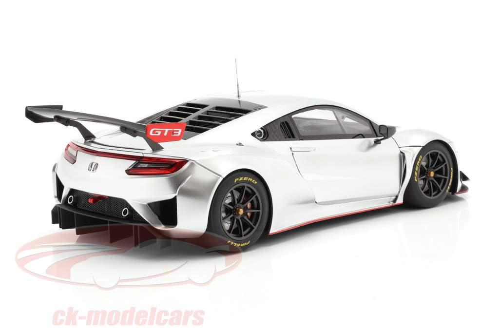 Honda NSX GT3 Byggeår 2018 hyper sølv 1:18 AUTOart