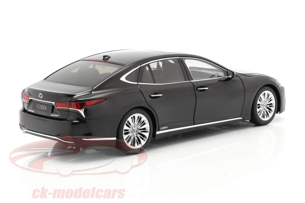 Lexus LS500h Año de construcción 2018 negro 1:18 AUTOart