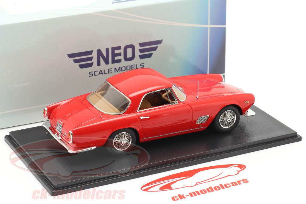 Maserati 3500 GT Touring Coupe Bouwjaar 1957 rood 1:43 Neo