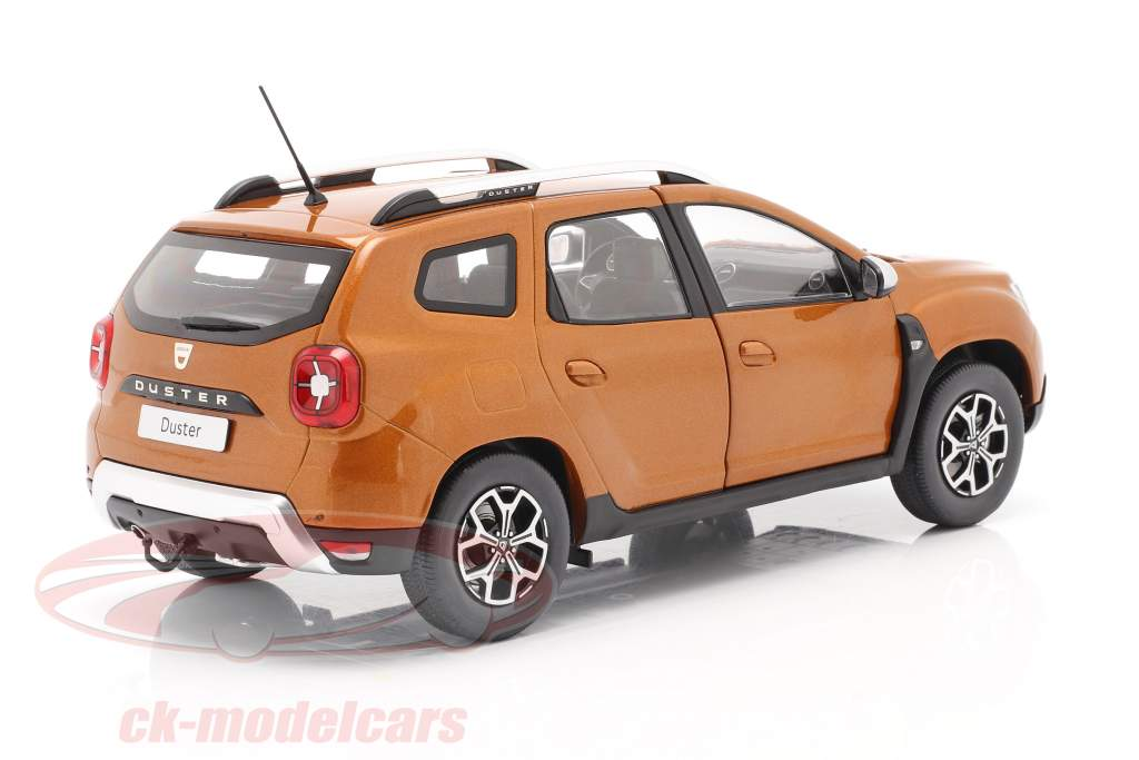 Dacia Duster MK2 year 2018 taklamakan orange 1:18 Solido