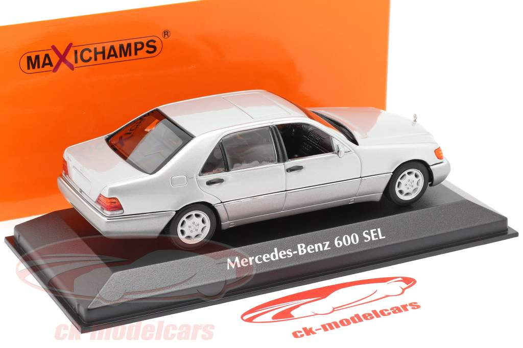 Mercedes-Benz 600 SEL (W140) Byggeår 1992 sølv metallisk 1:43 Minichamps