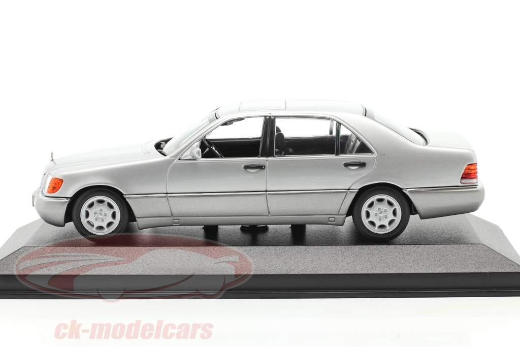 Mercedes-Benz 600 SEL (W140) Baujahr 1992 silber metallic 1:43 Minichamps