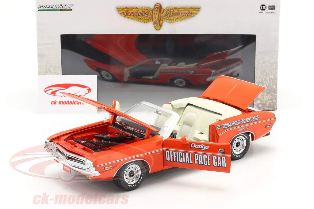 Dodge Challenger Convertible Pace Car 55e Indy 500 1971 oranje 1:18 Greenlight
