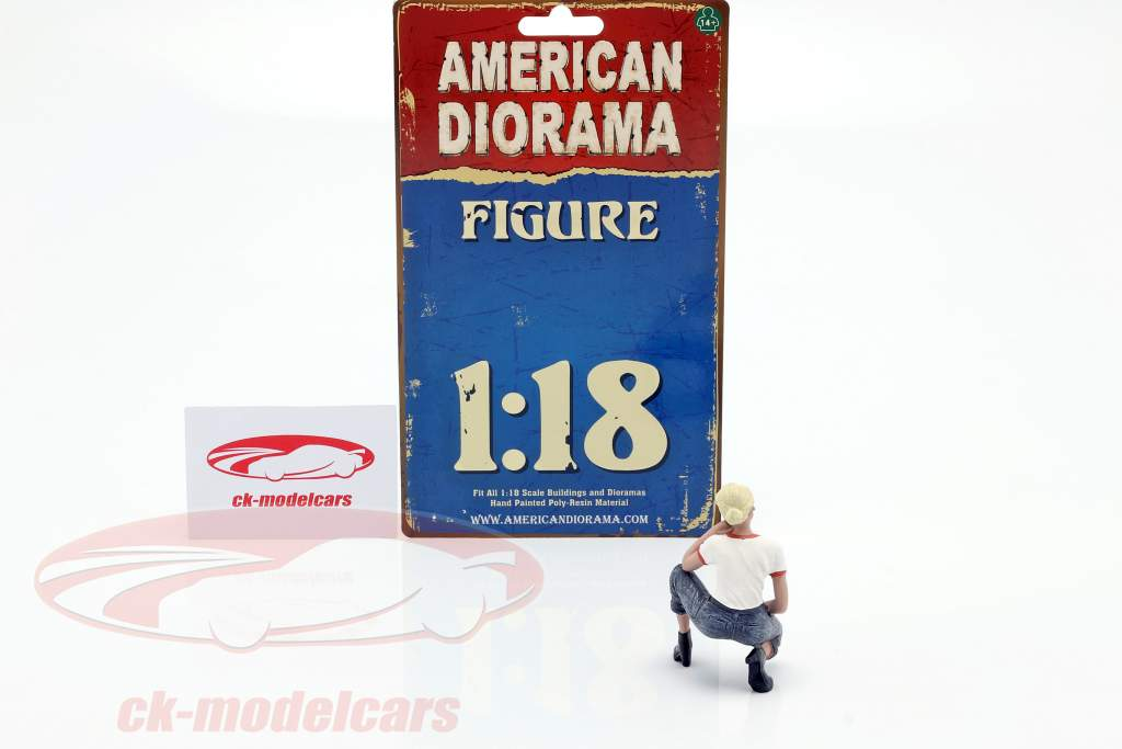 Car Girl Michelle figuur 1:18 American Diorama
