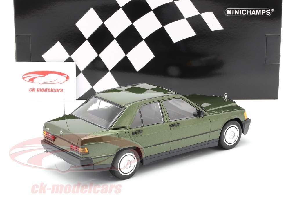 Mercedes-Benz 190E (W201) Ano de construção 1982 verde metálico 1:18 Minichamps