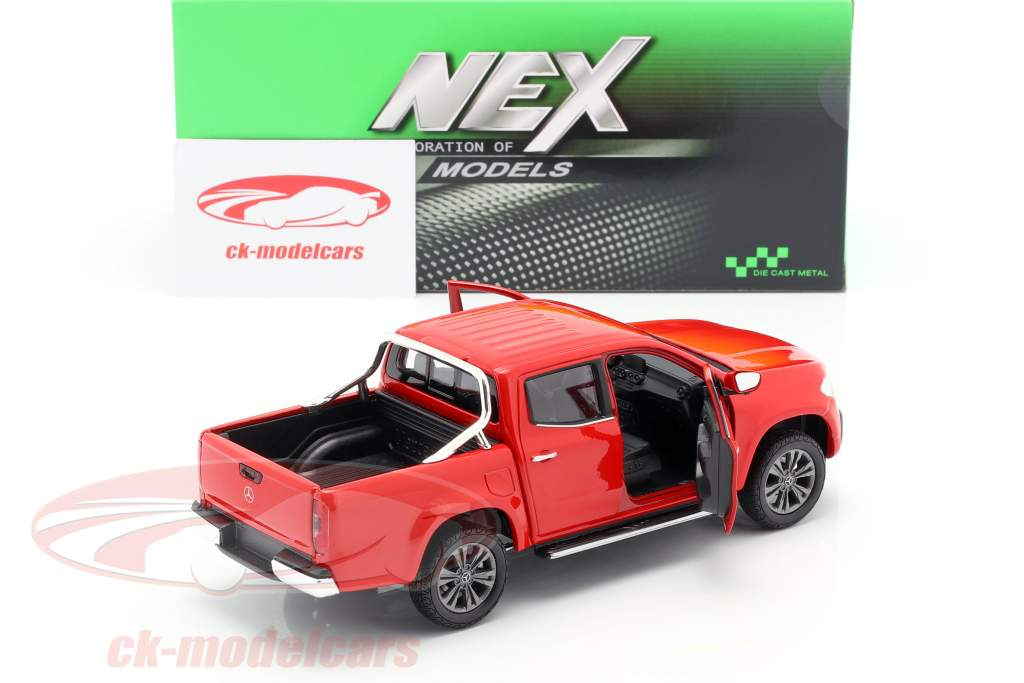 Mercedes-Benz X class year 2018 red 1:24 Welly