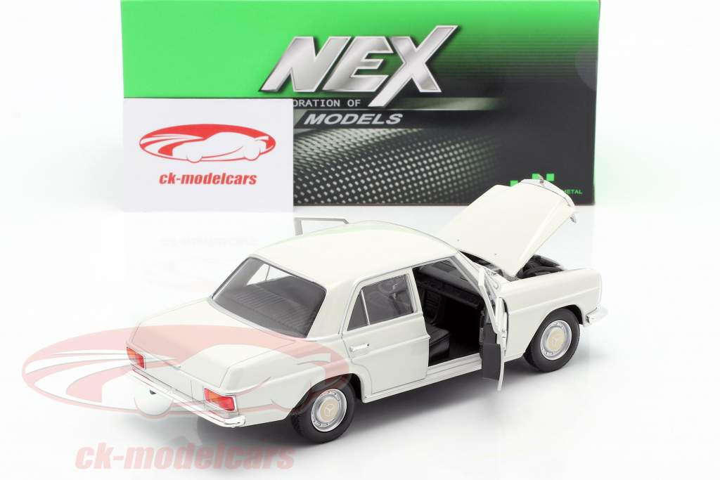 Mercedes-Benz 220/8 (W115) creme weiß 1:24 Welly
