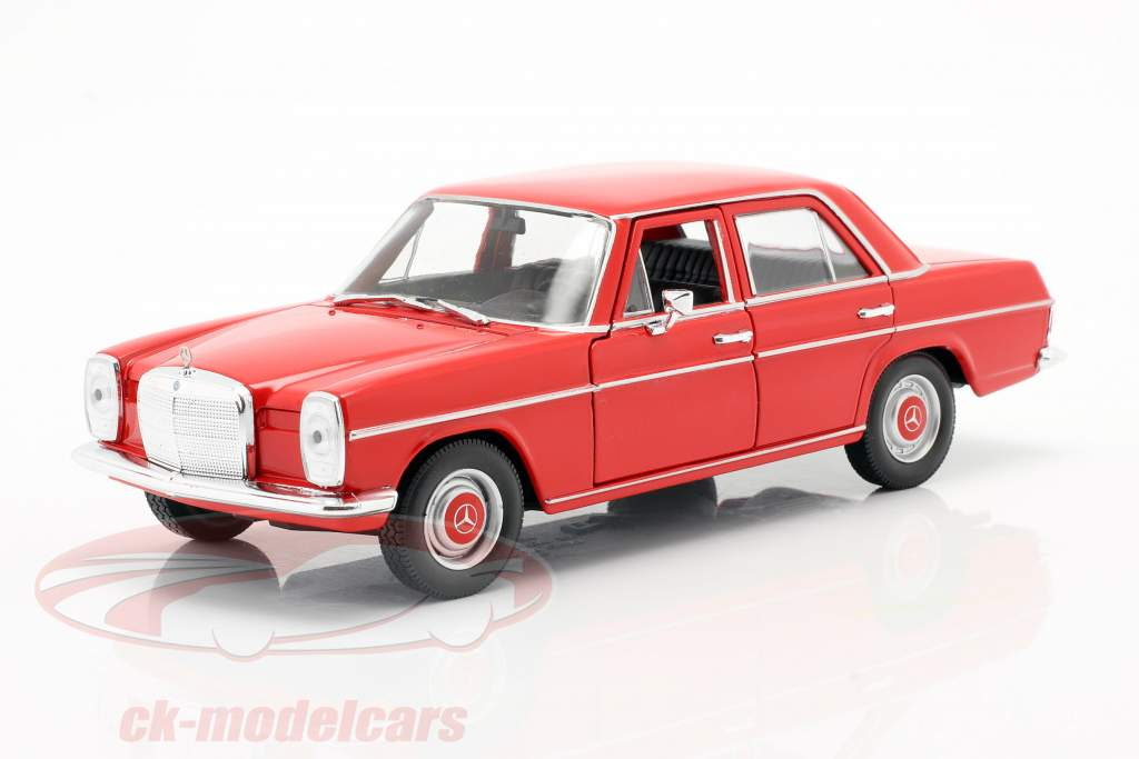 Mercedes-Benz 220/8 (W115) rød 1:24 Welly