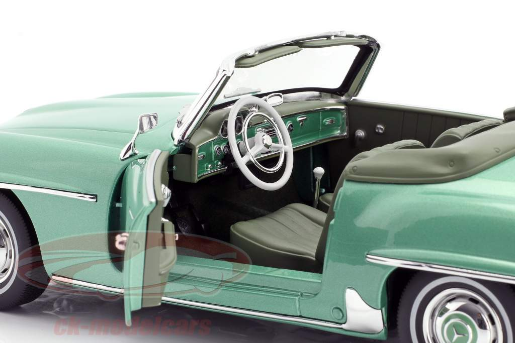 Mercedes-Benz 190 SL year 1957 light green metallic 1:18 Norev