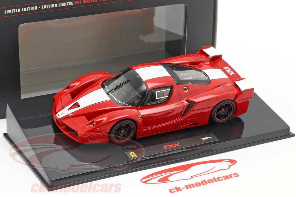 Ferrari FXX 2006 red with white stripe 1:43 HotWheels Elite