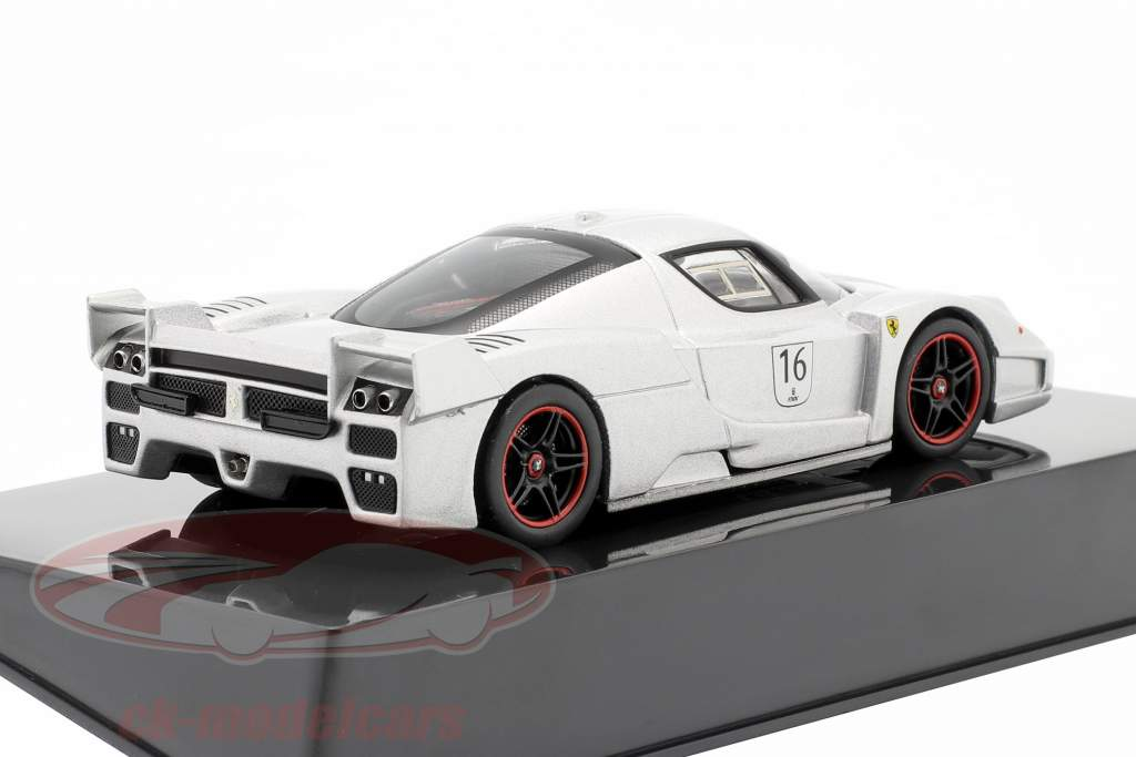 Ferrari FXX #16 Nürburgring argent 1:43 HotWheels Elite