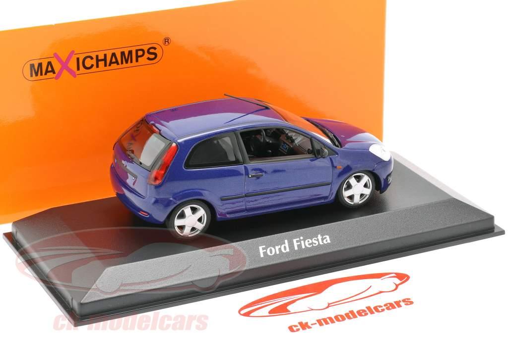 Ford Fiesta Año de construcción 2002 azul metálico 1:43 Minichamps