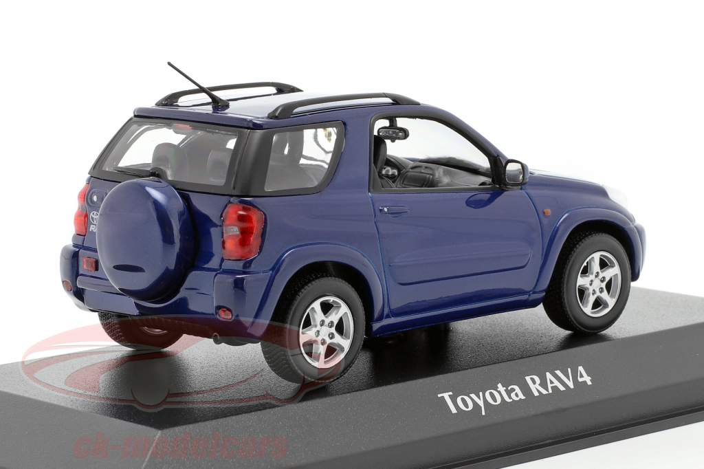 Toyota RAV4 Bouwjaar 2000 donkerblauw metalen 1:43 Minichamps
