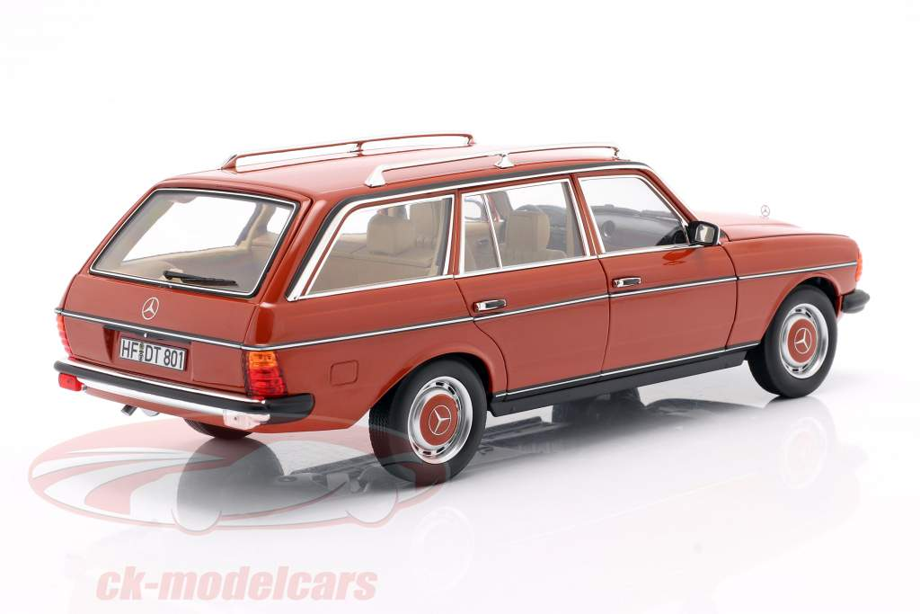 Mercedes-Benz 200 T (S123) year 1982 english red 1:18 Norev
