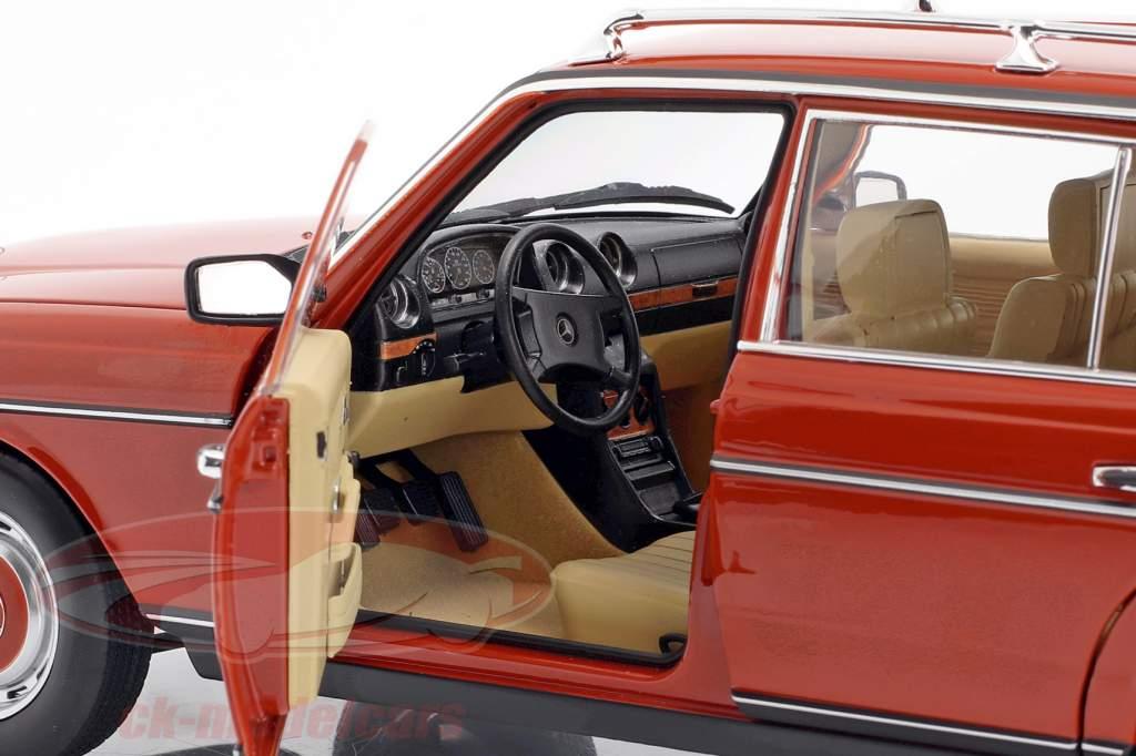 Mercedes-Benz 200 T (S123) Baujahr 1982 englisch rot 1:18 Norev