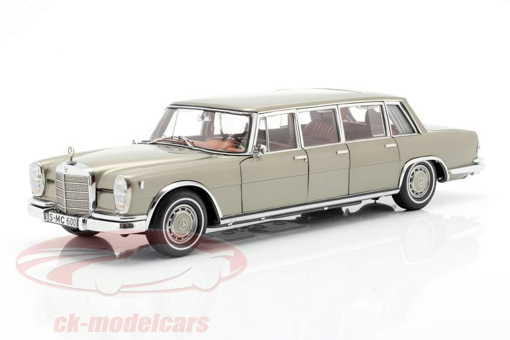 Mercedes-Benz Pullman (W 100) Limousine Com teto solar vison cinzento 1:18 CMC