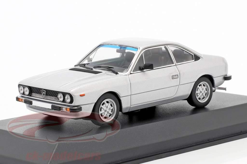 Lancia Beta Coupe Baujahr 1980 silber 1:43 Minichamps