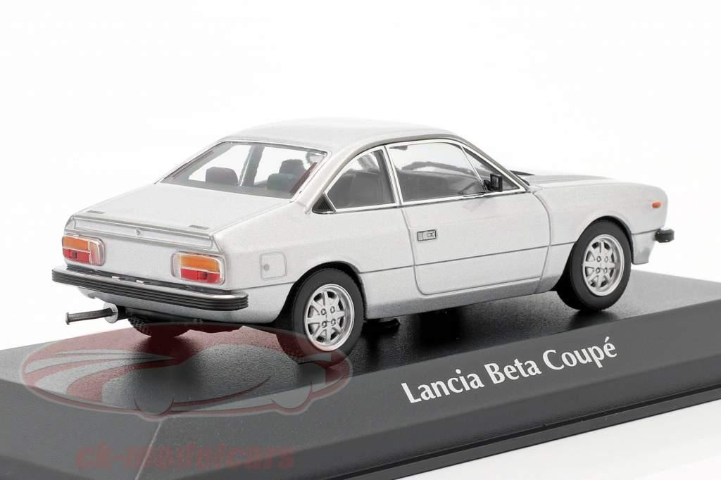Lancia Beta Coupe Année de construction 1980 argent 1:43 Minichamps