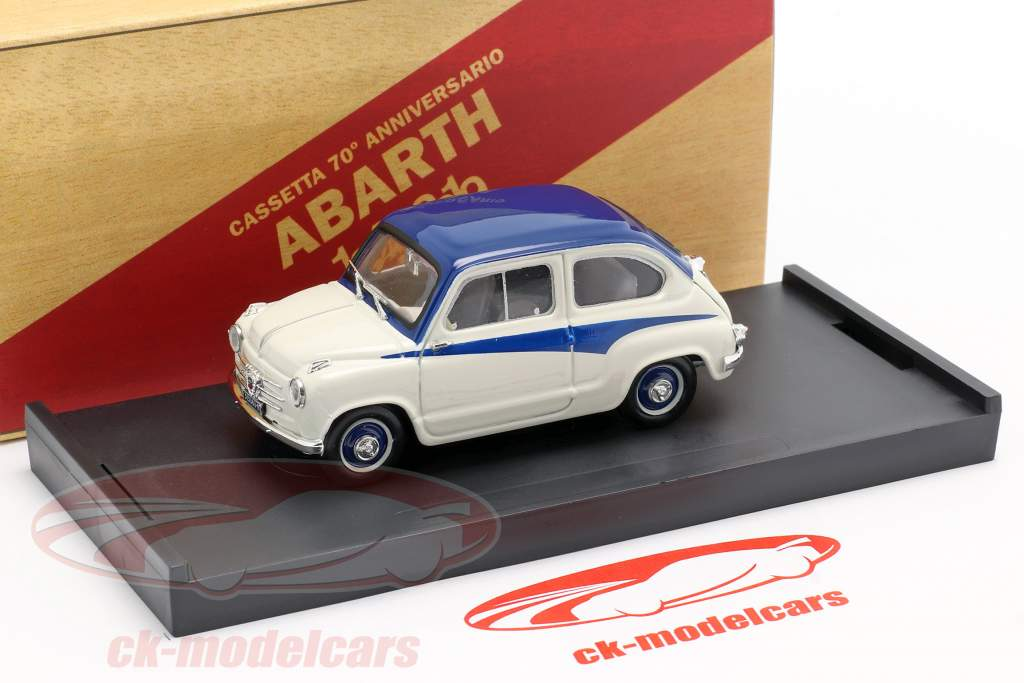 Fiat 600 Derivazione Abarth 750 Bouwjaar 1956 Wit / blauw 1:43 Brumm