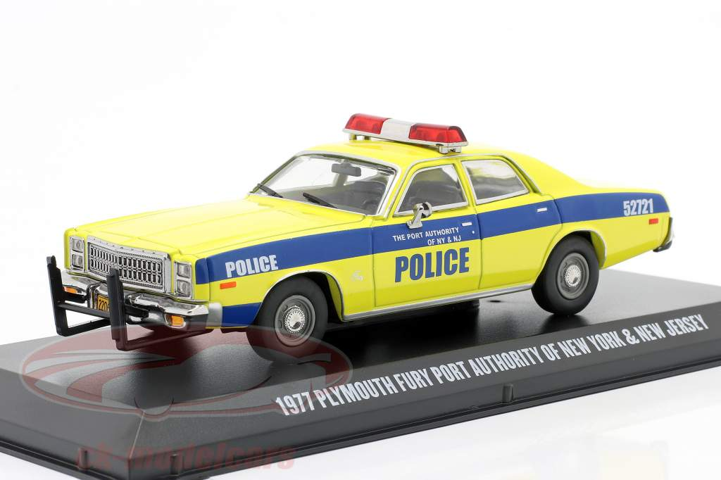 Plymouth Fury year 1977 port Authority New York and NJ 1:43 Greenlight